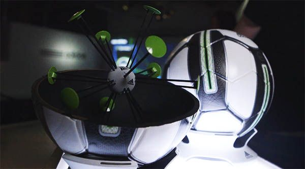 Adidas Smart Ball interior balon inteligente clipset
