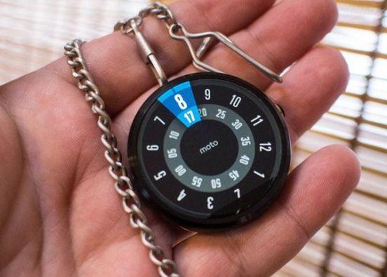 Moto-360-Pocketwatch