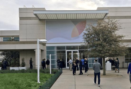 apple theater