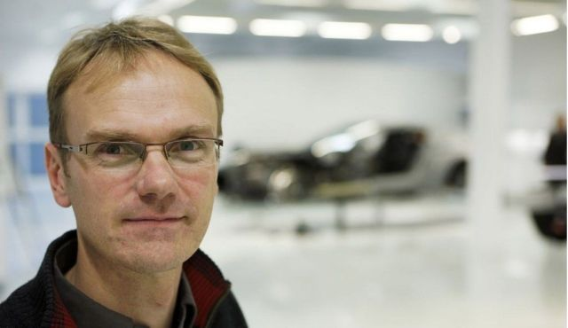 El ingeniero Chris Porritt, ahora trabajando en un proyecto que se supone es el coche eléctrico de Apple