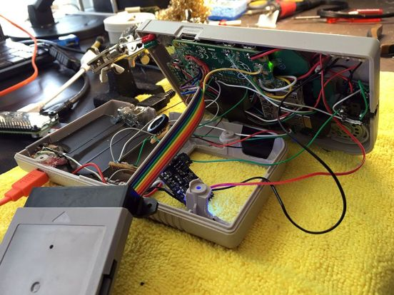 Game Boy Zer abierta