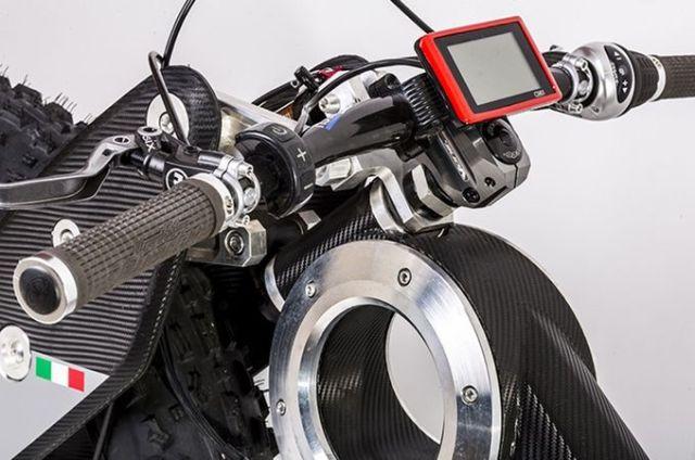 Moto Parilla Carbon.5