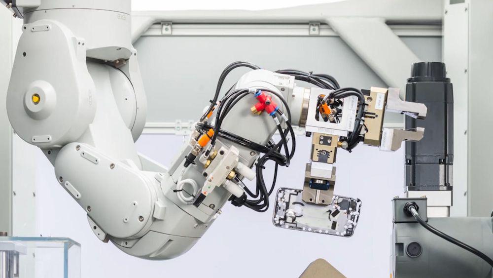apple robot reciclado