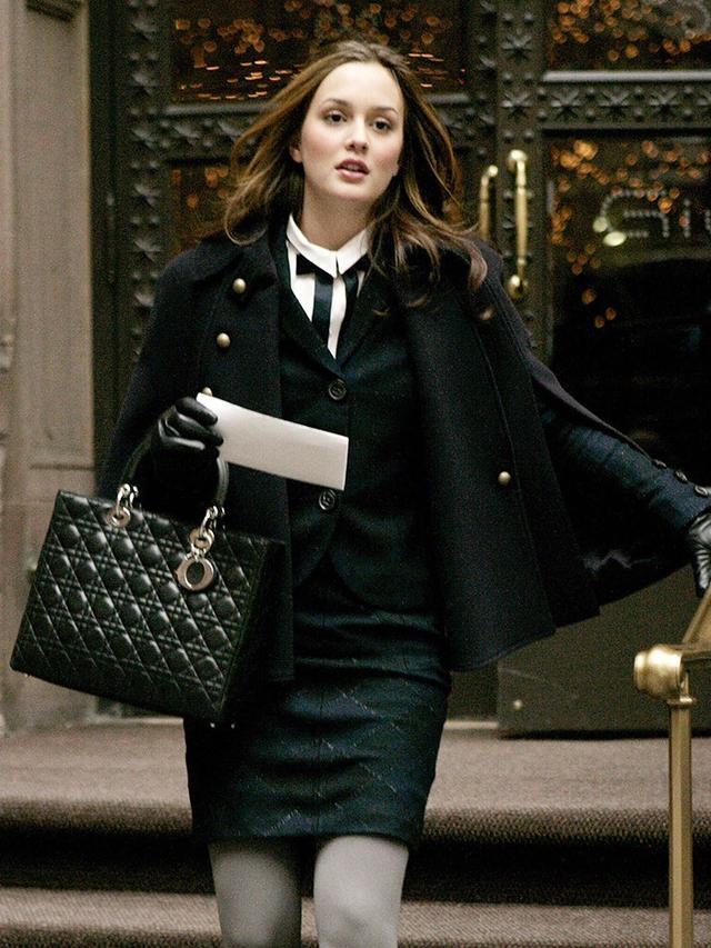 Xoxo Gossip Girl Wallpaper 5 Outfits Blair Waldorf Would Wear In 2016 Whowhatwear Uk