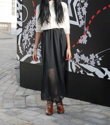 8. Sheer Maxi Skirts That girl looks so cool in that see-through maxi skirt! Said no one ever.