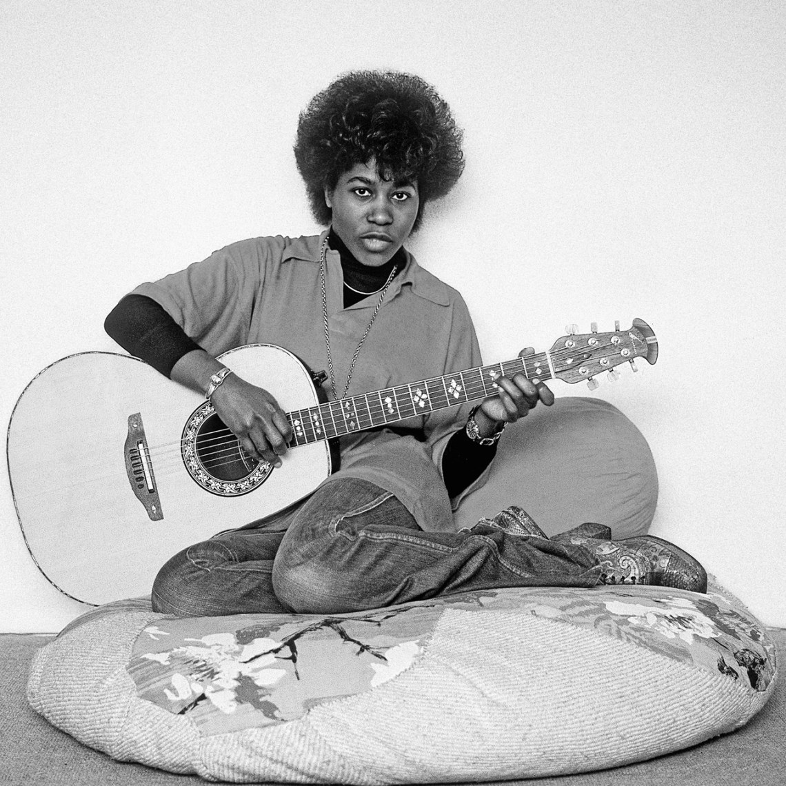_Joan-Armatrading.-Rock-of-Ages-BW.Arrowsmith.©
