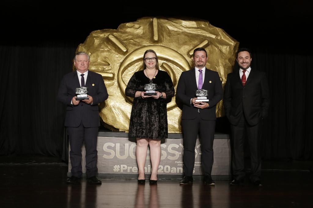 Prêmio Empreendedor - 20 anos - Memorizze - 2018 (55)_Easy-Resize.com