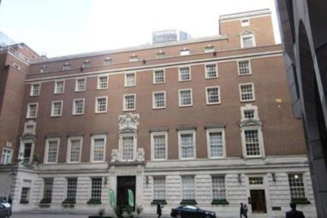 Clothworkers Hall Case Study   Cloakroom Solutions