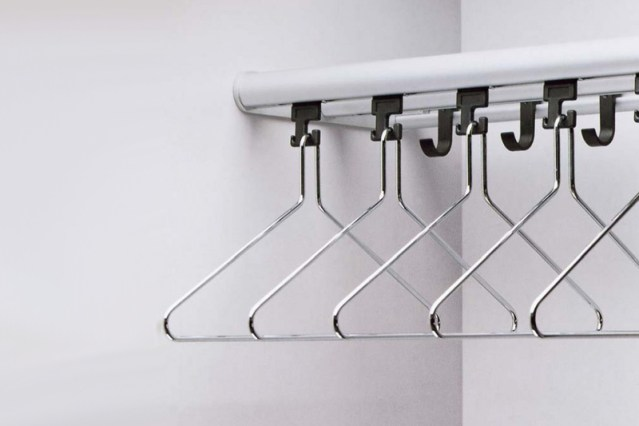 R8231 Wardrobe rail and shelf | Cloakroom Solutions