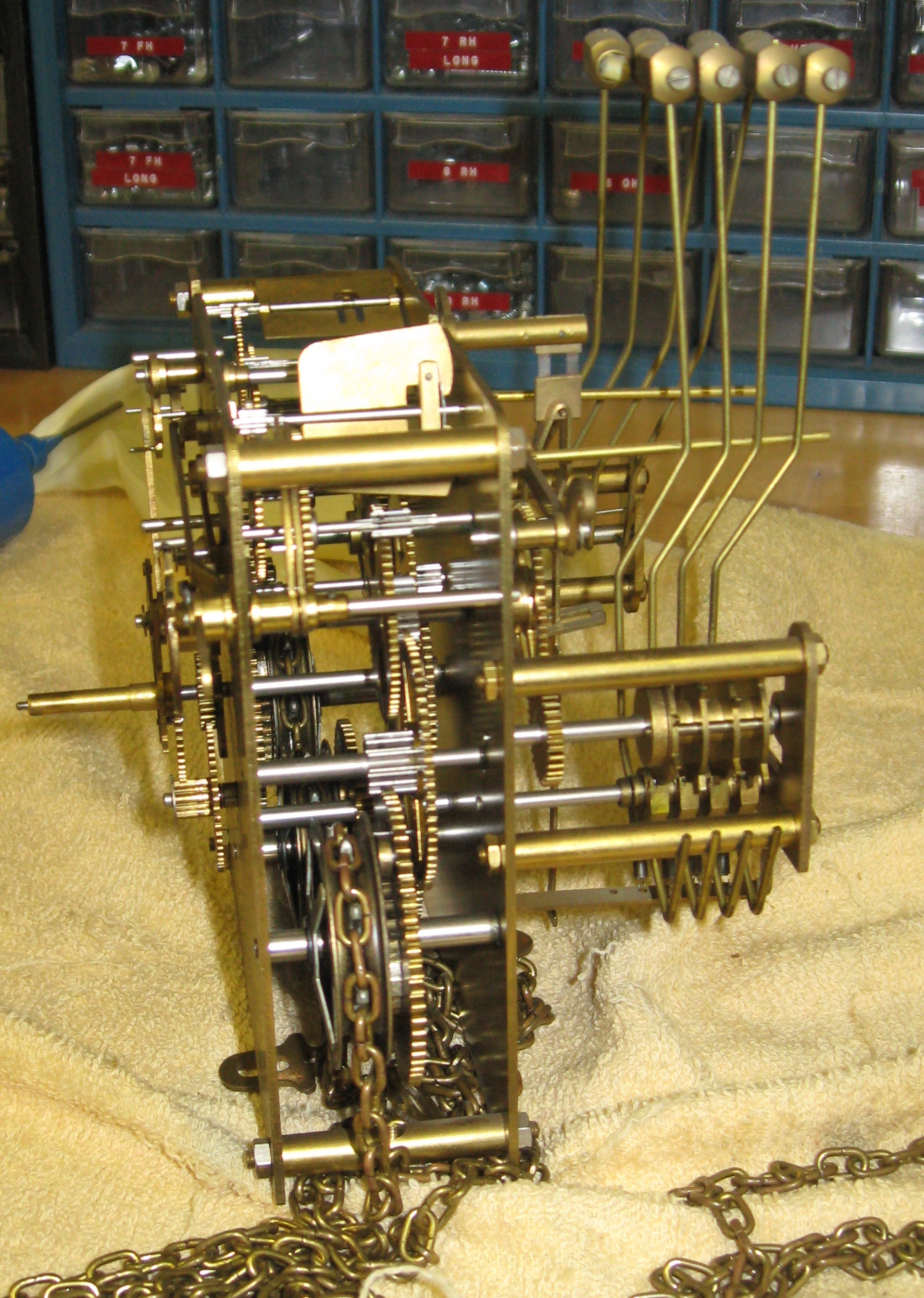 Picture of Urgos Grandfather Clock Movement Parts : ClockInfo.com