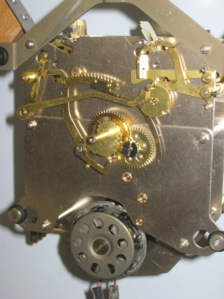 Front view of the movement. The motor cover has been removed for this photo.