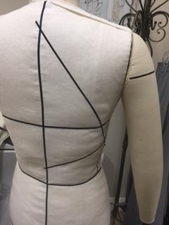 marking-dress-form-back