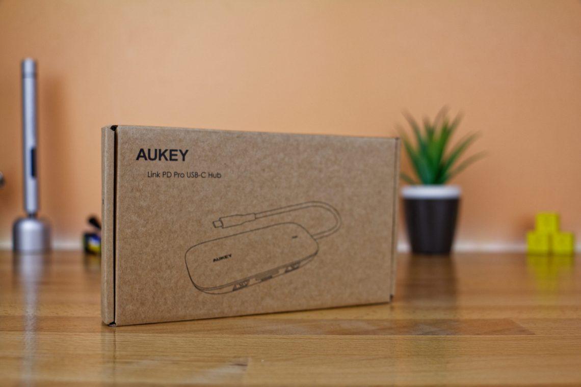Aukey CB-C71 - Hub 8 en 1