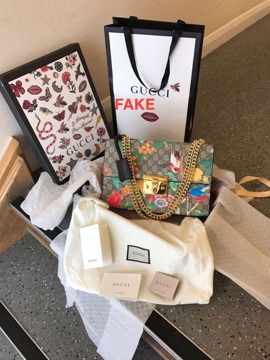 fake-gucci-tian-padlock-medium-printed-shoulder-bag