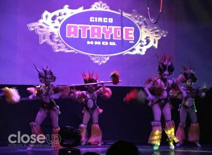 El Circo Atayde presente con un espectáculo diferente.