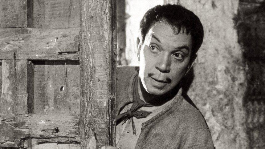 """Mario Moreno """"Cantinflas"""" podría tener su bioserie"""