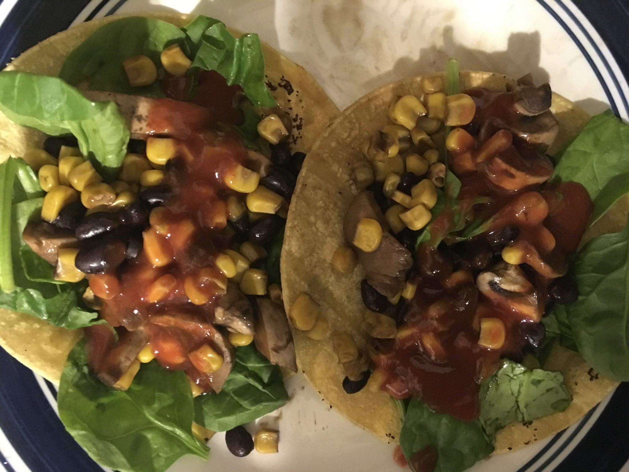 Black beans and musrooms fajitas