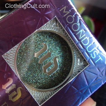 Swatch – Urban Decay Moondust Eyeshadow in Zodiac