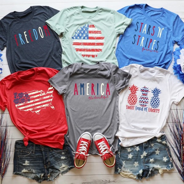 Cute summer graphic tees #style #4thofjuly #patriotic #momstyle