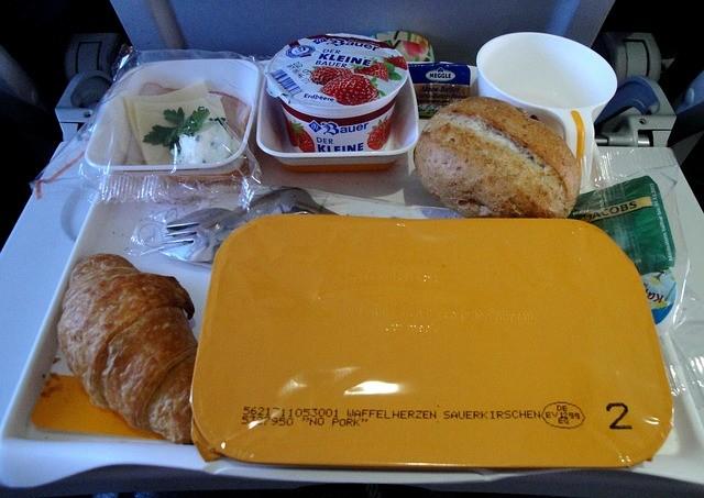 廉價航空注意事項飲食