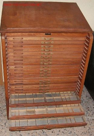 mueble de imprenta  Comprar Mesas de Despacho Antiguas en