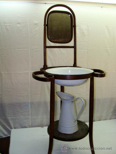 Antiguo lavamanos con espejo palangana y jofai  Vendido