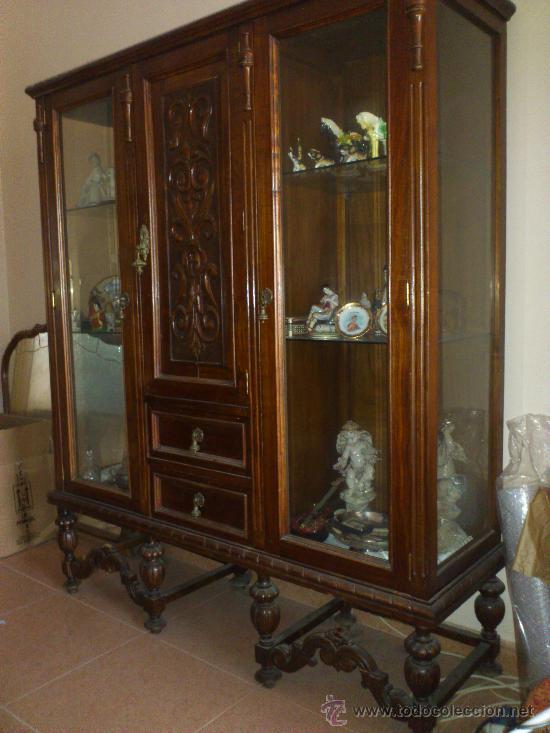 antigua vitrina de madera y cristal   Comprar Vitrinas