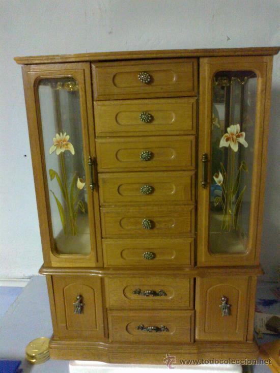 mueble joyero en madera y caja de musica  Comprar Vitrinas Antiguas en todocoleccion  39989113