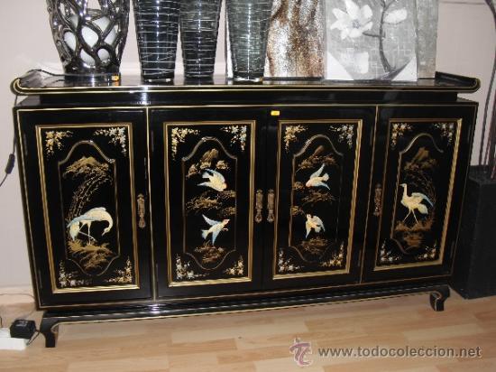 Mueble Oriental Lacado