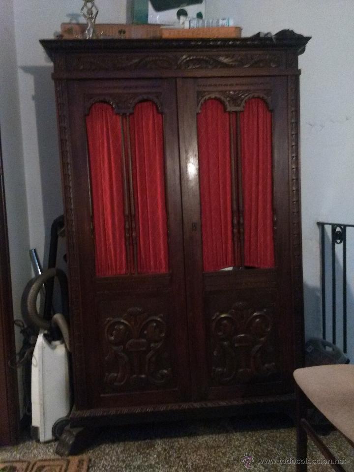 espectacular armario antiguo de madera noble us  Comprar