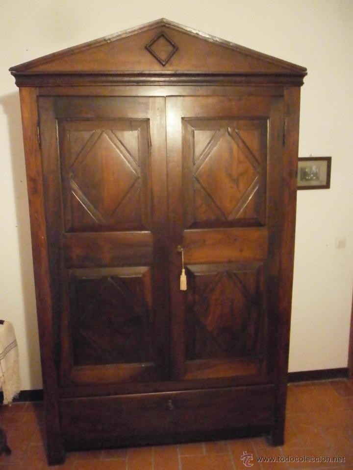 Antiguo armario  barroco  madera de nogal  c  Vendido