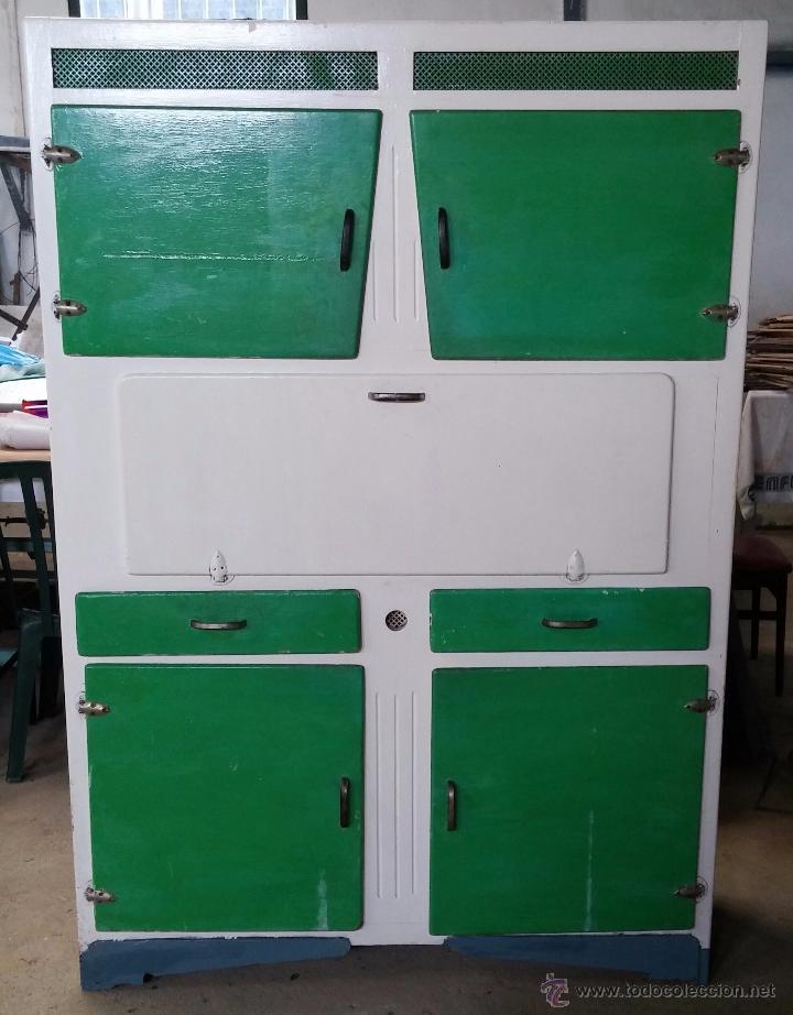 antiguo armario de cocina  Comprar Armarios Antiguos en