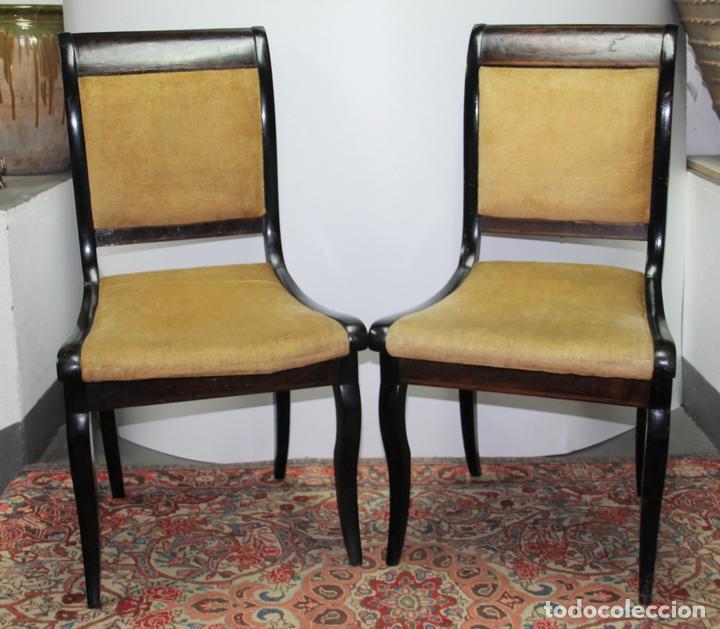 pareja de sillas madera nogal estilo louis ph  Comprar