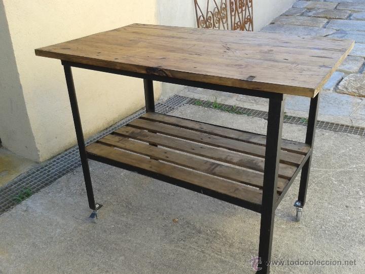 mesa de oficio en madera de pino y estructura m  Comprar