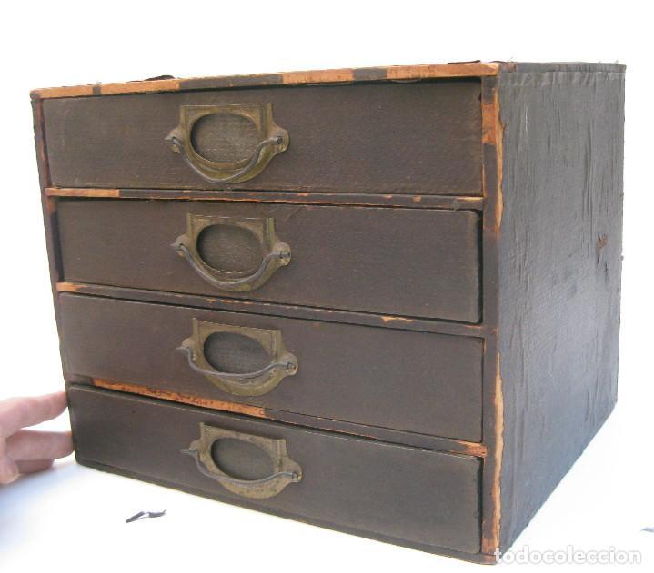 mueble antiguo cabinet ingles en madera y laton  Comprar