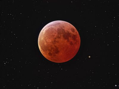 lunar-eclipse_johannes-schedlernasa.jpg