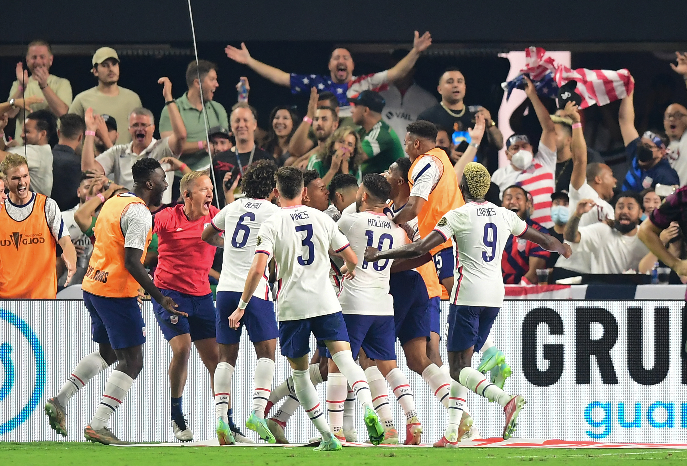 Which one of them do you think you would be? Former Syracuse Soccer Player Miles Robinson Nets Extra Time Goal To Lift Usa Over Mexico In Gold Cup Syracuse Com
