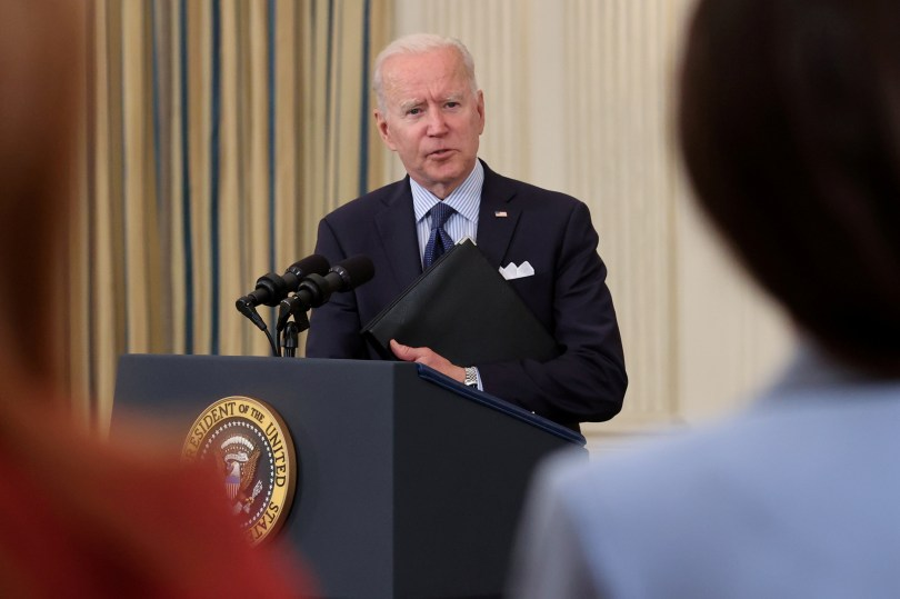U.S. President Joe Biden delivers remarks on the state of the coronavirus disease (COVID-19) vaccinations from the State Dining Room at the White House in Washington, D.C., U.S., May 4, 2021. REUTERS/Jonathan Ernst/File Photo