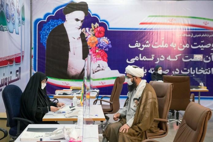 Iran registers presidential candidates, Raisi seen running | Reuters