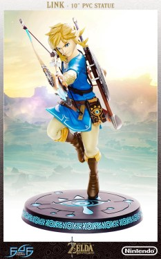 The Legend of Zelda: Breath of the Wild – Link Statue (Standard Edition)