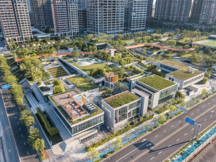 Press kit   661-54 - Press release   World Architecture Festival 2019 – Day One Winner of International Architectural Awards Announced - World Architecture Festival (WAF) - Competition - Vanke Liuxiandong Design Community - A4+B2 Plot Design by FCHA - Photo credit: Guanhong Chen