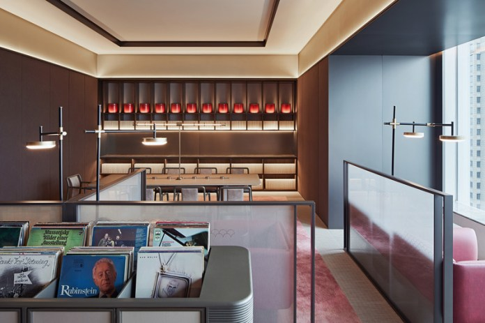 Press kit   3531-02 - Press release   Joya Hotel Hangzhou - Vermilion Zhou - Commercial Interior Design - 27F Music Library - Photo credit: Yunpu Cai<span></span>