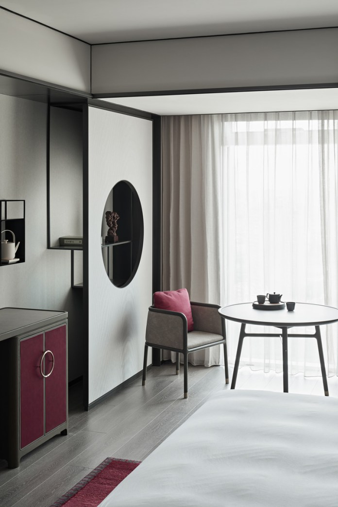 Press kit   3531-02 - Press release   Joya Hotel Hangzhou - Vermilion Zhou - Commercial Interior Design - Standard Guest Room - Photo credit: Yunpu Cai<span></span>