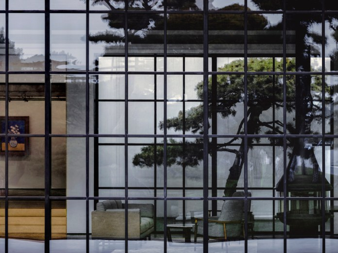 Press kit | 3531-03 - Press release | Song Art Museum - Vermilion Zhou Design Group - Institutional Architecture - Photo credit: Jonathan Leijonhufvud