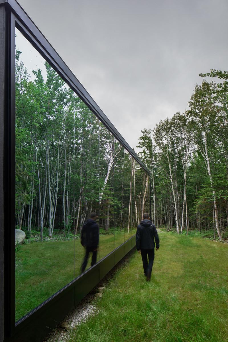 Dossier de prensa - Comunicado de prensa - Forest Glamp - Bourgeois / Lechasseur architects