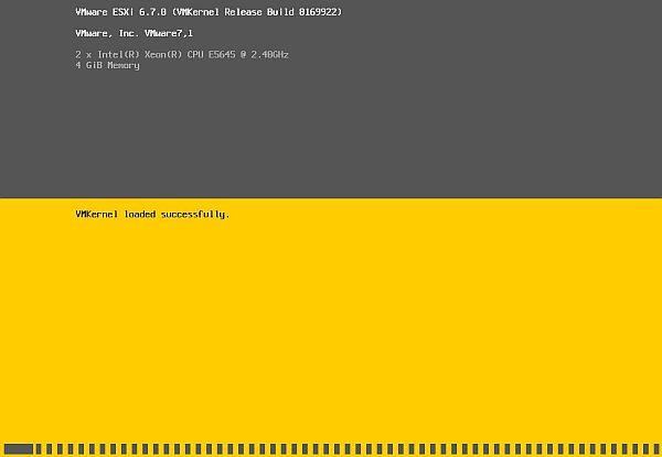 Install vSphere 6.7 - Loading