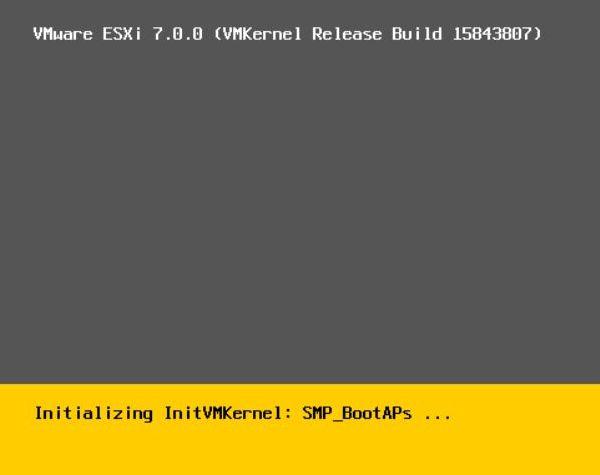 Install vSphere 7.0 - Loading