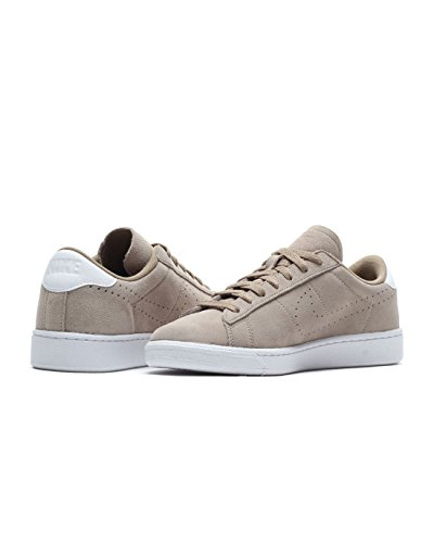 official photos 215b9 e0ccd Home   Shop   Men   Shoes   Fashion Sneakers   MEN TENNIS CLASSIC CS SUEDE  NIKE KHAKI WHITE