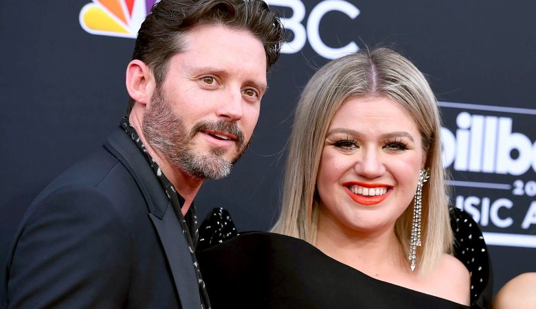 Kelly Clarkson and Brandon Blackstock to Divorce e1591938957604