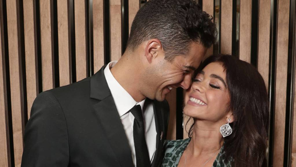 sarah hyland gushes how bf wells adams dates like a bachelor ftr Easy Resize.com 1